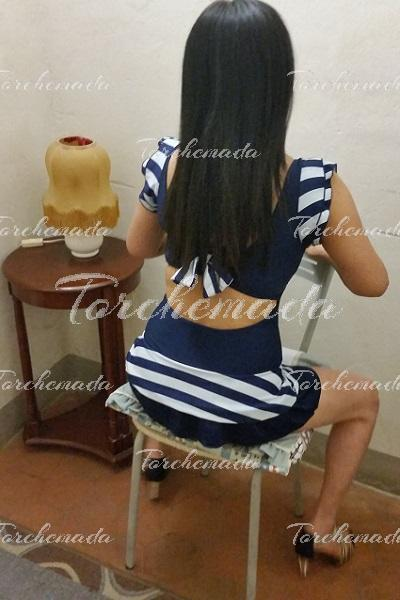 Adoratrice dell'anale Escort Girl asiatica Firenze